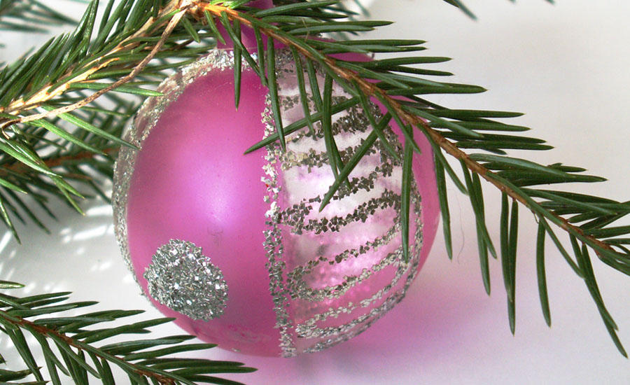 Christmas-Ornament-900.jpg