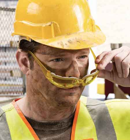 gateway safety expands the popular starlite family and now offers a new foamlined antifog eyewear solution starlite foampro